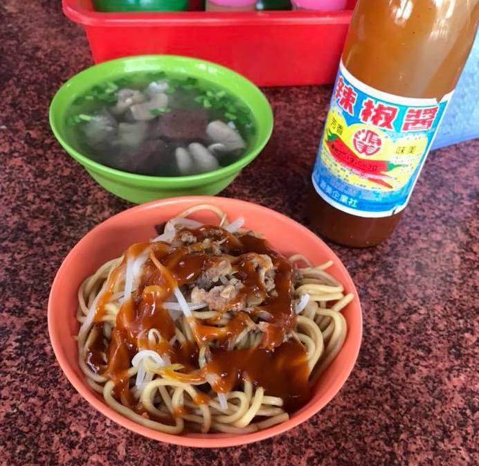 台中豐原一帶則是「源美辣椒醬」比較常見。 圖片來源/爆廢公社