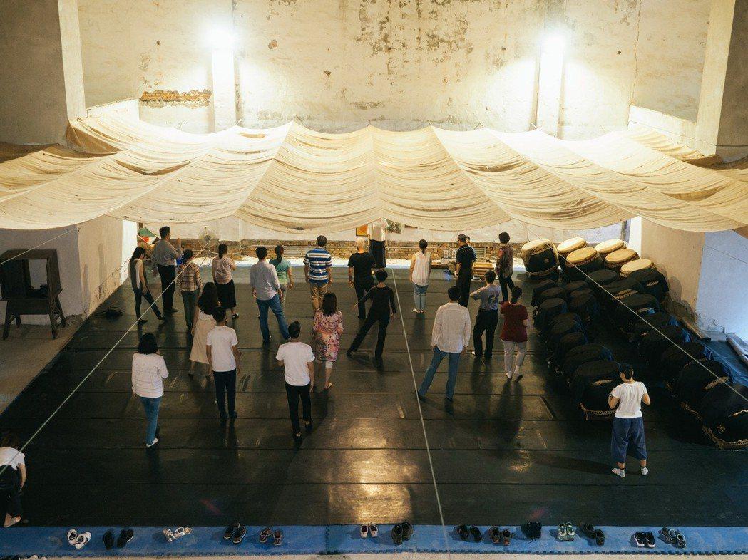優人神鼓的水湳多維實驗劇場體驗。 圖/和泰汽車提供