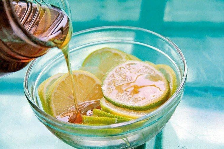 蜂蜜檸檬水。圖/報系資料照
