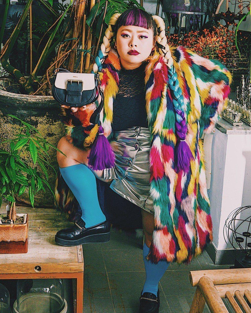 渡邊直美是日本知名諧星,強大氣場讓她深受時尚品牌喜愛。圖/摘自IG