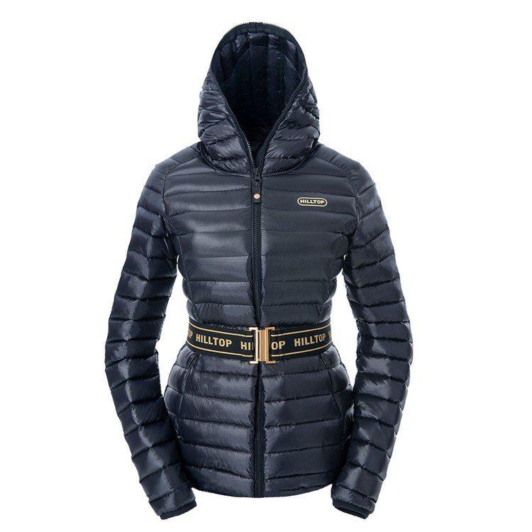 山頂鳥女士連帽輕量羽絨短大衣,7,880元。圖/山頂鳥提供