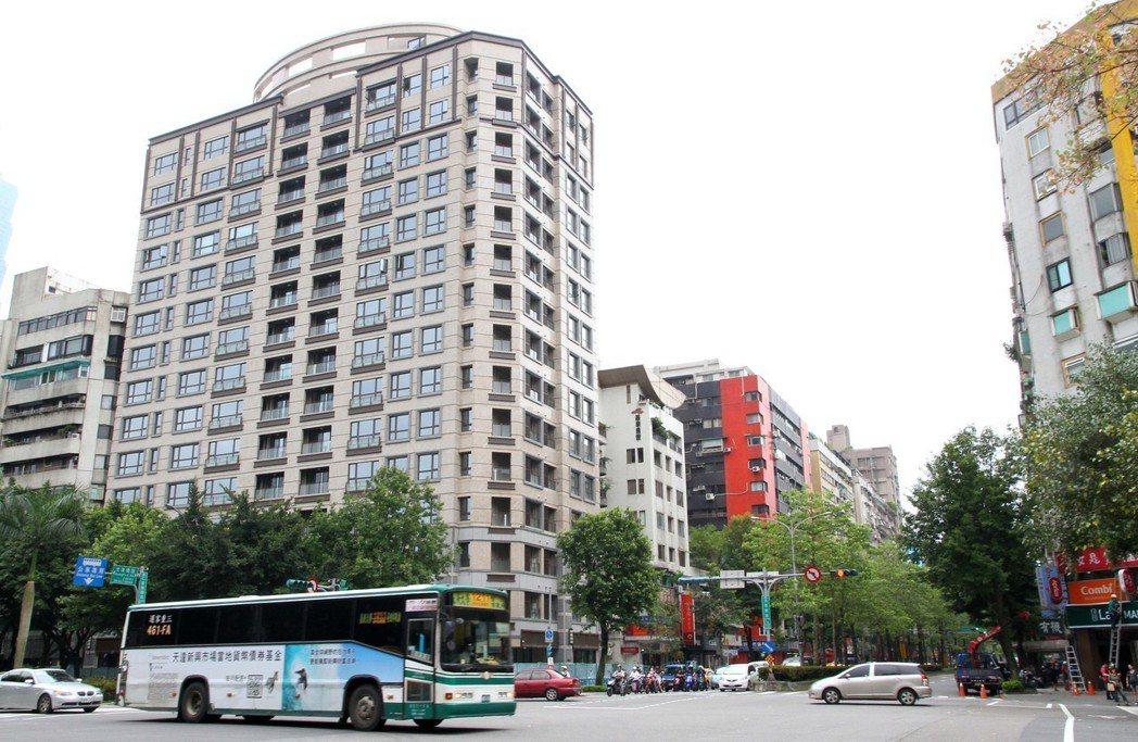 台北市尚華仁愛大樓。報系資料照