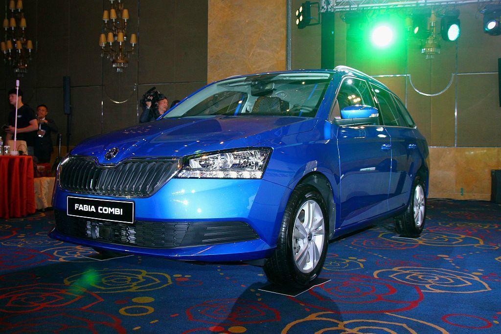 在進口小車市場中過往Skoda Fabia就是一款超值之選,小改款後添加許多實用...