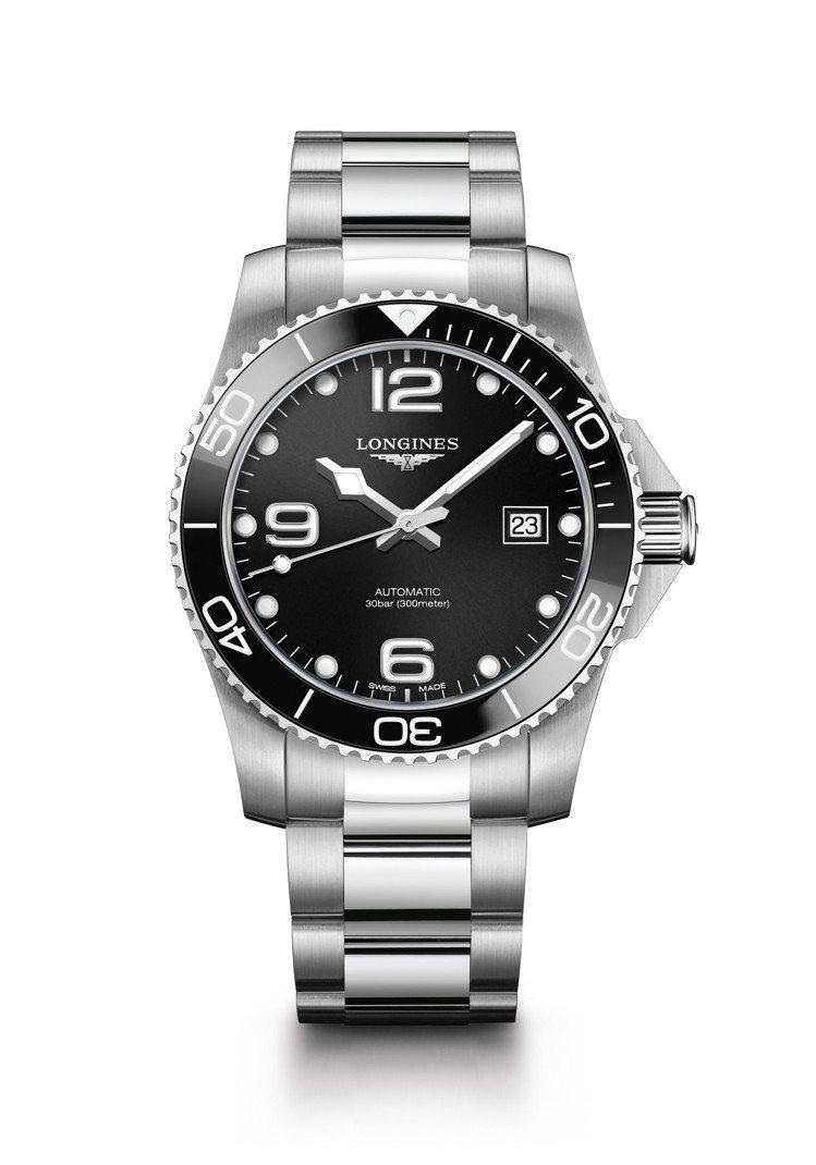 浪琴表HydroConquest深海征服者系列腕表,不鏽鋼表殼搭配黑色陶瓷表圈,...