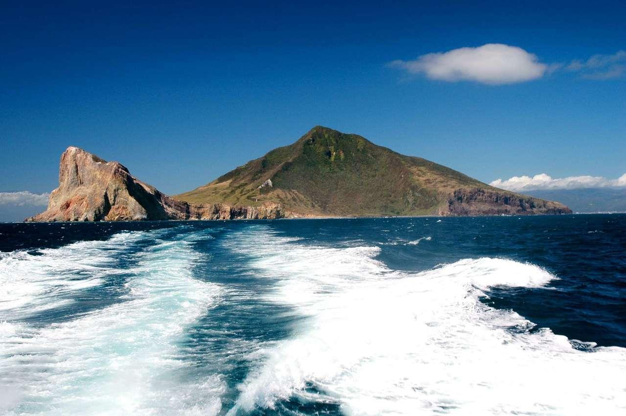 龜山島。 圖/觀光局提供