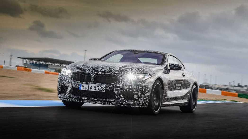 全新BMW M8 Coupe預計將搭載與F90 M5相同的4.4升V8雙渦輪增壓...