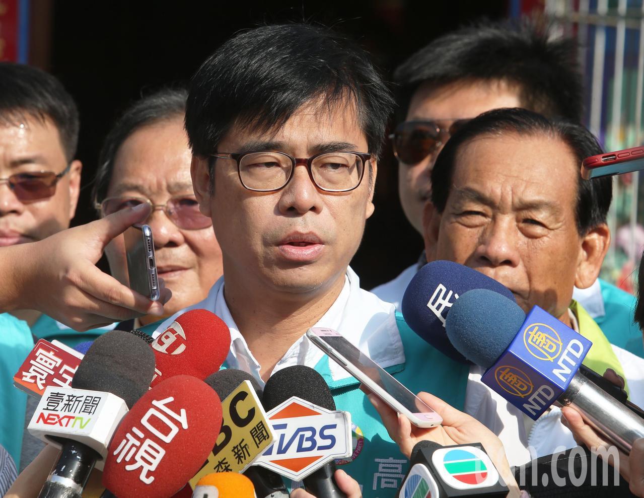 民進黨高雄市長候選人陳其邁最後衝刺。記者劉學聖/攝影
