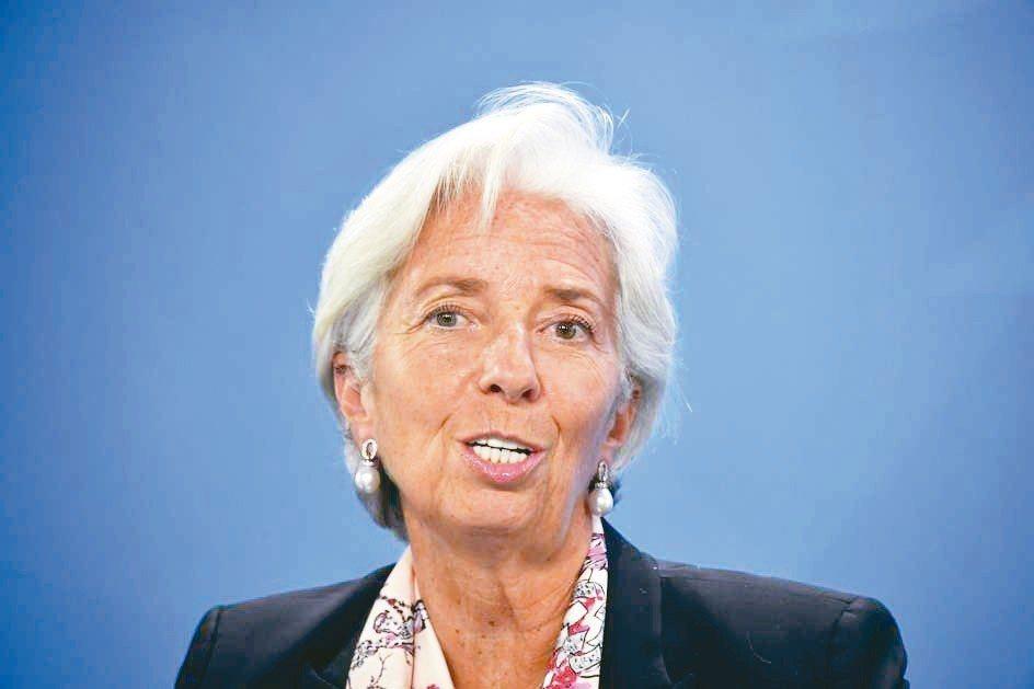 IMF總經理拉加德表示,各國央行應認真研議發行數位貨幣。 法新社