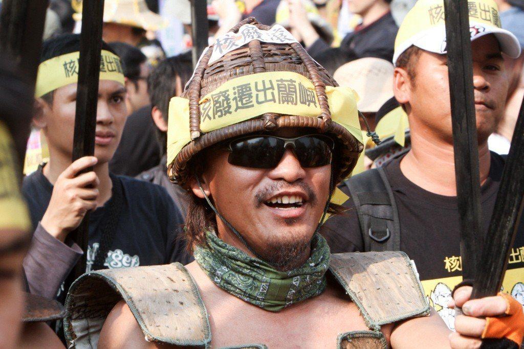 2013年廢核大遊行,達悟族人上街抗議蘭嶼核廢料問題。 圖/聯合報系資料照