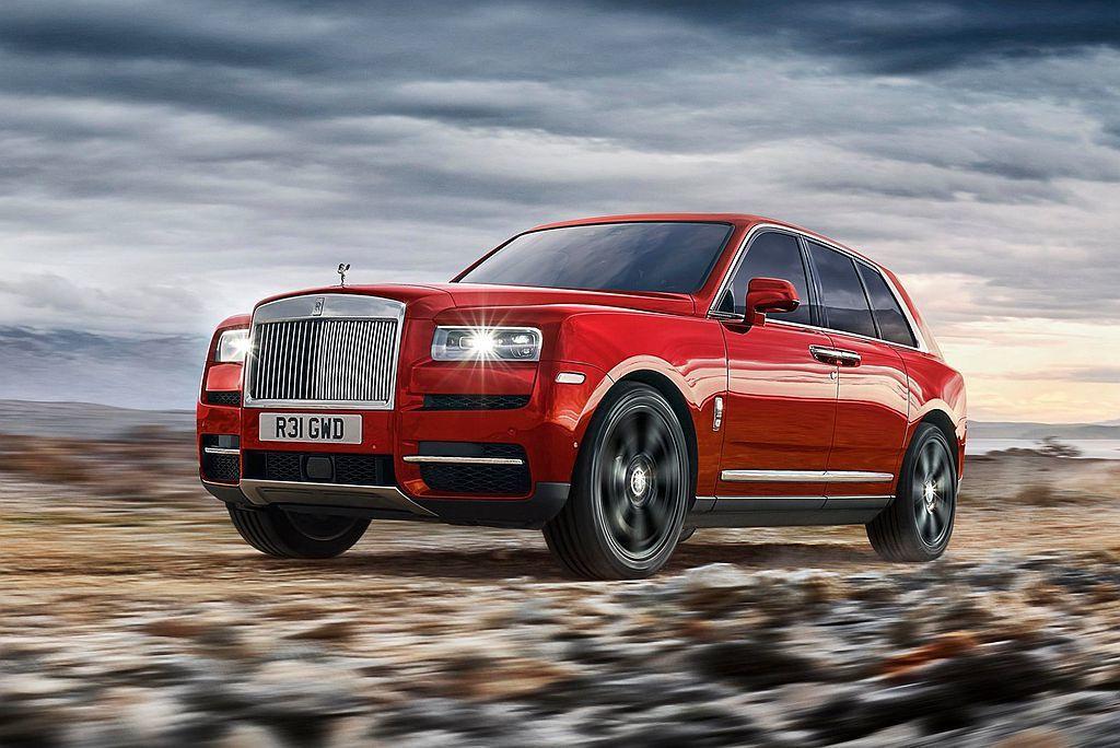 勞斯萊斯將這輛休旅以全球知名的巨鑽「Cullinan Diamond」來定名,並定義為能征公路以外的全地形車款。 圖/Rolls-Royce提供