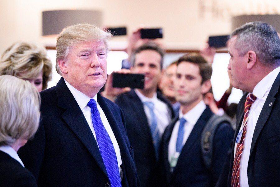 川普認為,中國放寬對北韓的制裁,是要向美國進行貿易戰的反擊。 台灣醒報(擷自fl...