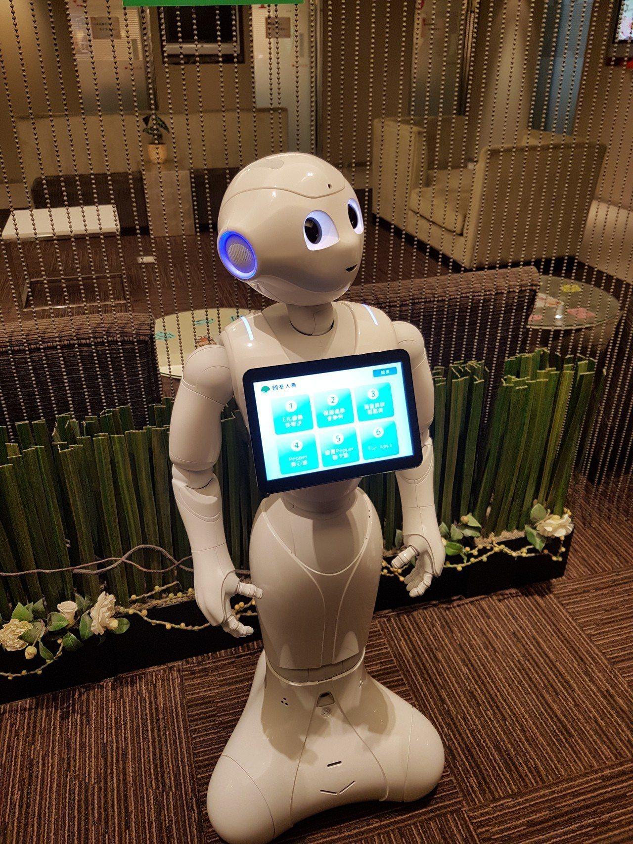 國際調查顯示,64%受訪企業認同,建置AI後,員工能更專注「在策略性、而非操作性...