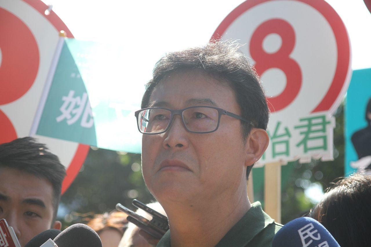 民進黨台北市長候選人姚文智今天一度情緒激動落淚。記者張世杰/攝影