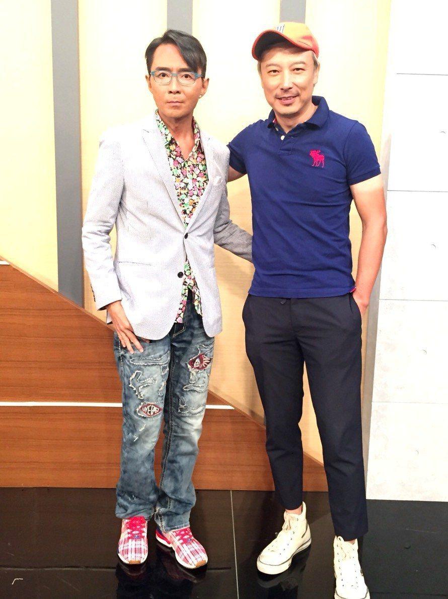 港星林利(左)與好友林煒。 圖/年代提供