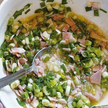 蔥醬可在烤之前再拌,以免蔥花遇鹽出水。 圖/太陽臉