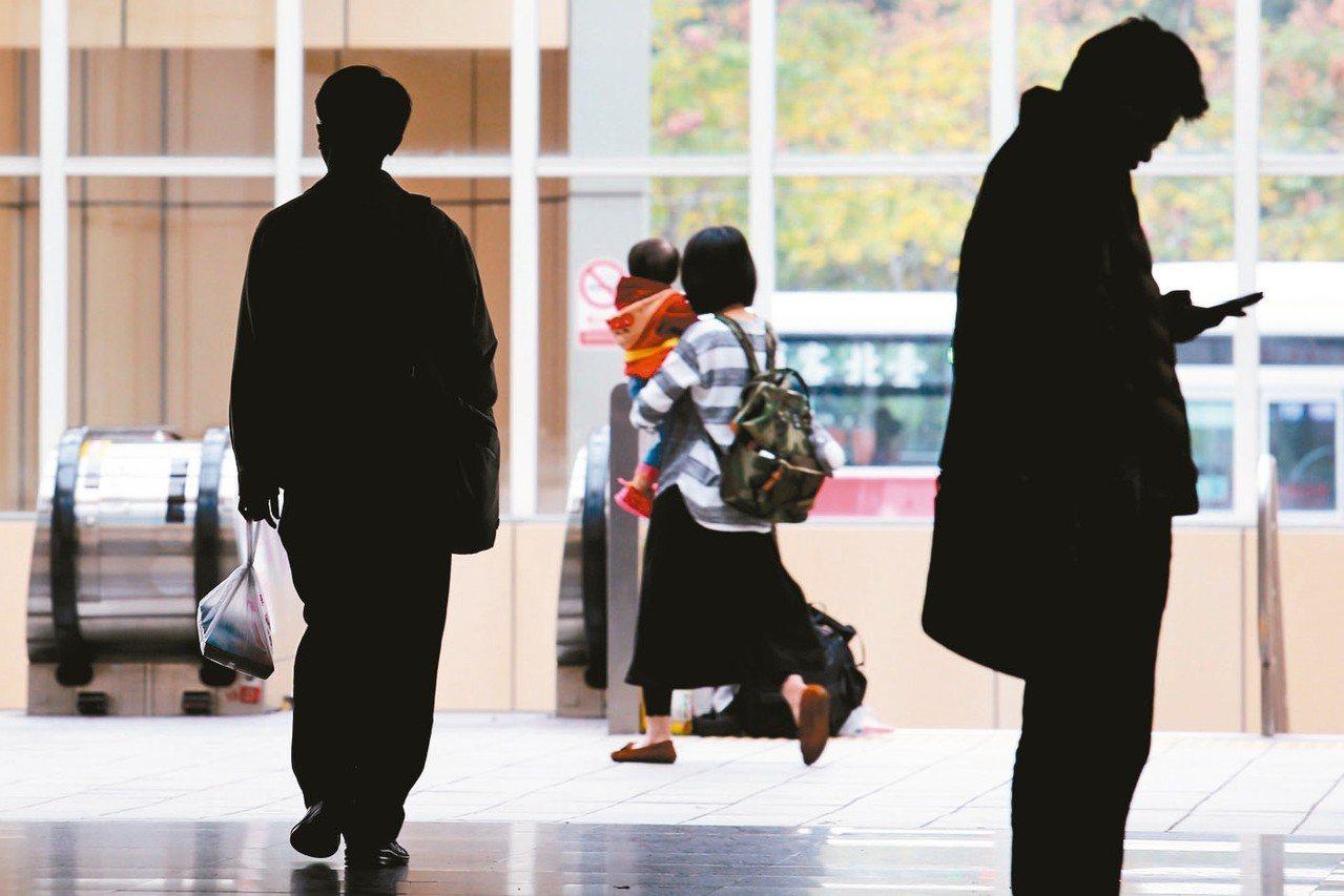 勞動部公布最新無薪假人數,大減2813人。 圖/聯合報系資料照片