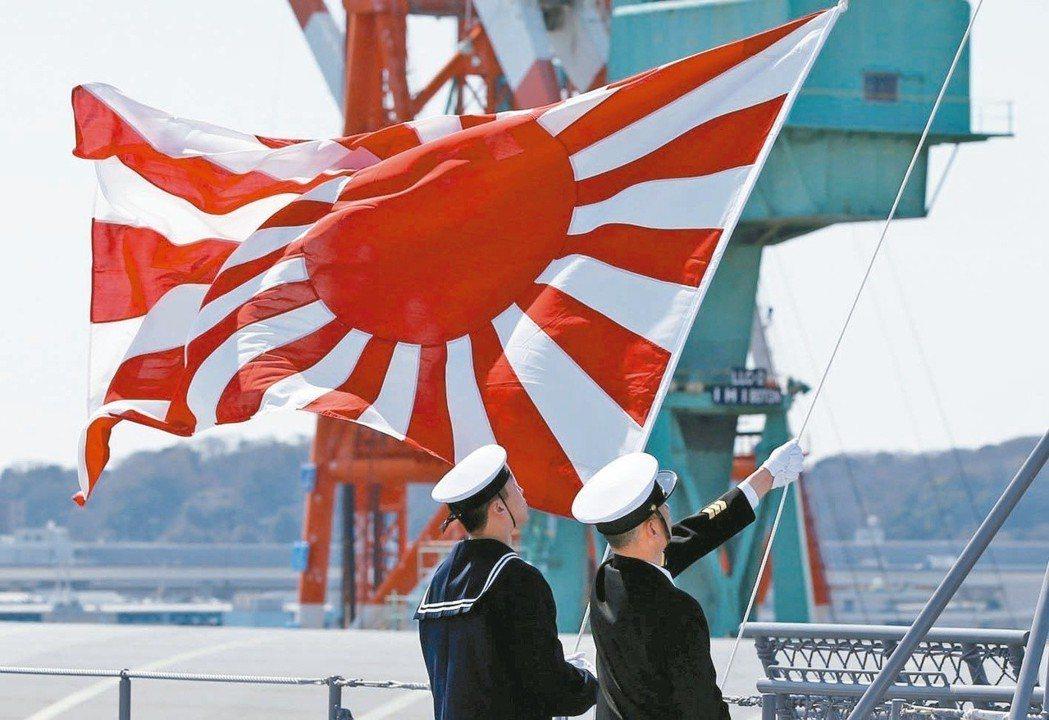 早在今年10月初,日韓就曾因日本海自原定參加「2018大韓民國海軍國際觀艦式」,...