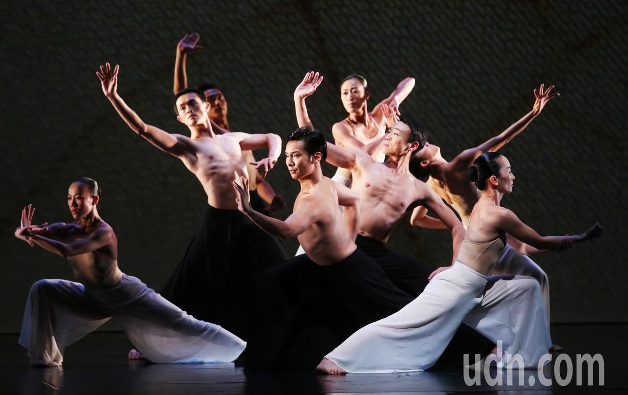 雲門舞集45週年在台北國家戲劇院推出《林懷民舞作精選》。 記者徐兆玄/攝影