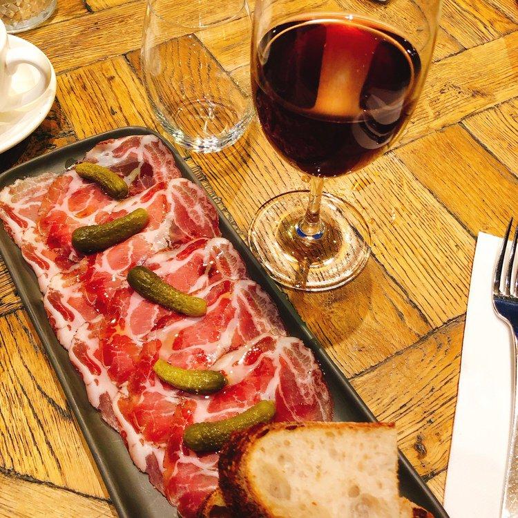 Meletos製12週維多利亞走地豬頸肉做成的Coppa火腿佐紅酒,美極。圖/記...