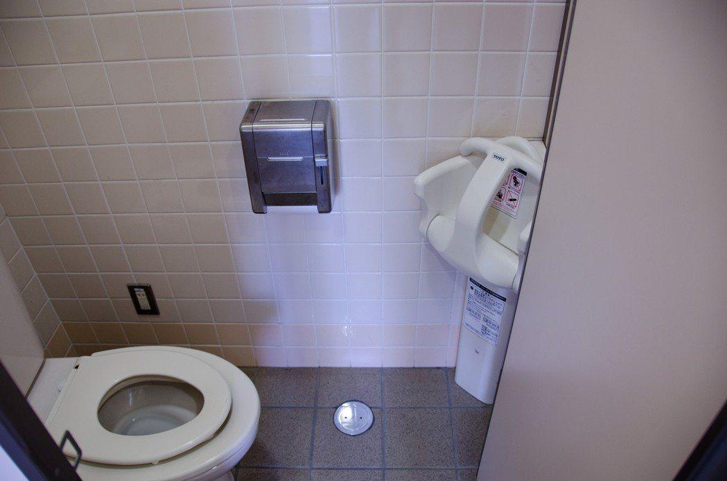 根據美國《赫芬頓郵報》報導,一項研究指出,鹽分攝取過多,可能增加夜尿的機會。 示...