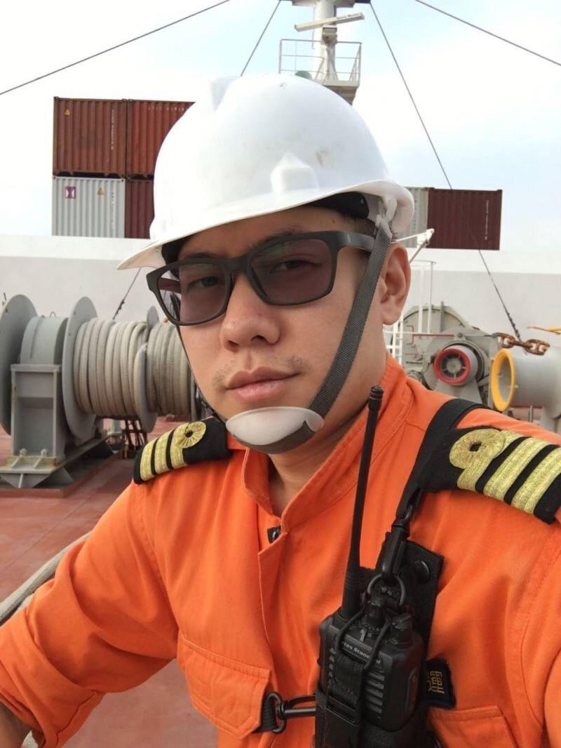 船長連晨想跟著父親腳步,成為引水人。圖/交通部航港局提供