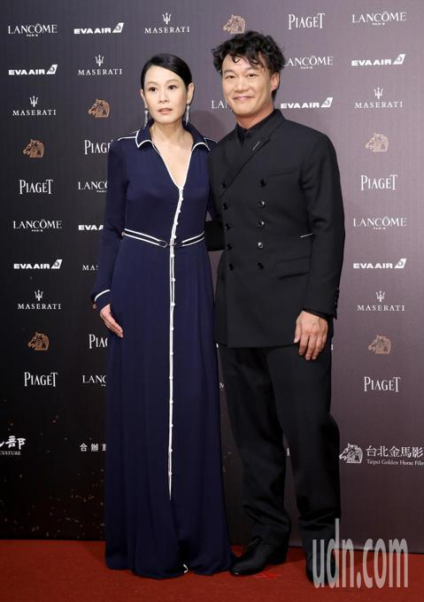 第55屆金馬獎頒獎典禮在國父紀念館舉行,劉若英與陳奕迅走星光大道。