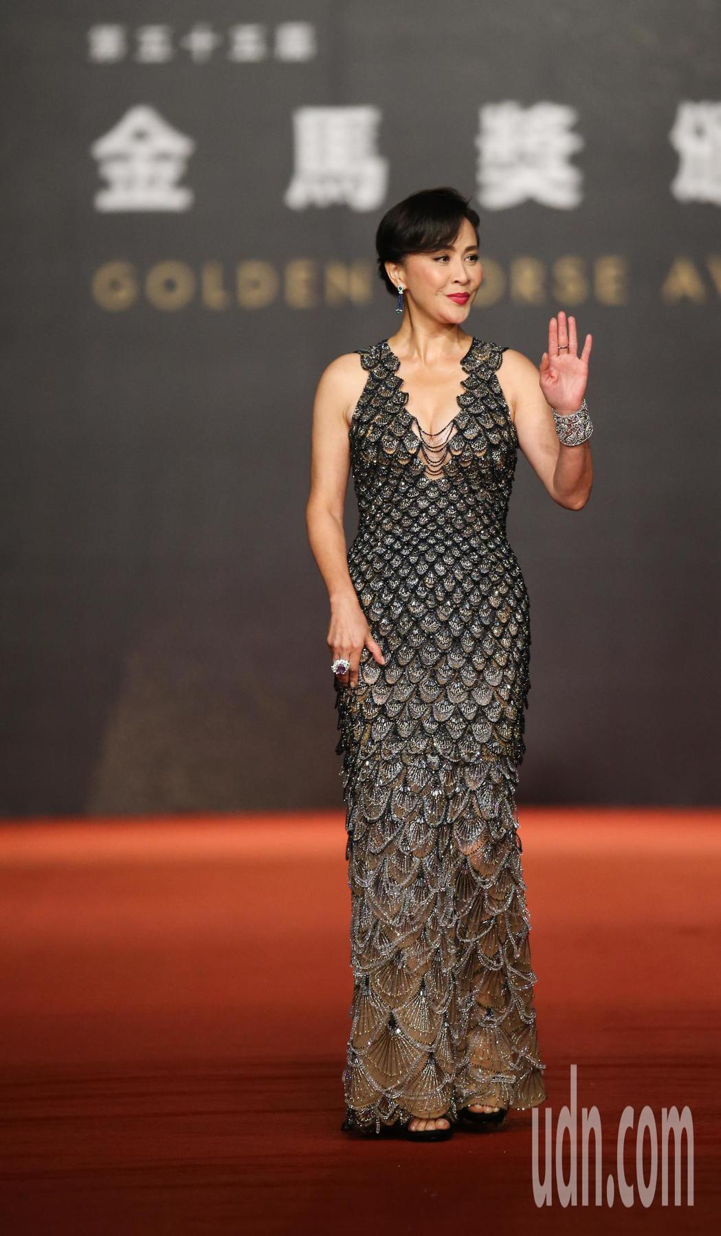 第55屆金馬獎頒獎典禮在國父紀念館舉行,劉嘉玲走星光大道。記者陳立凱/攝影