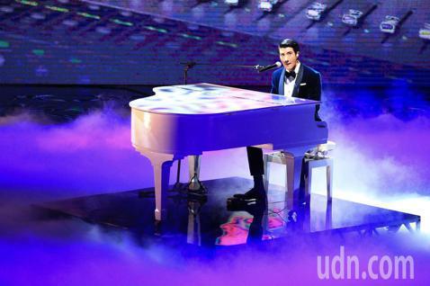 第55屆金馬獎頒獎典禮,歌手王力宏開場演出。