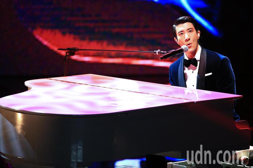 第55屆金馬獎頒獎典禮,歌手王力宏開場演出。記者林伯東/攝影
