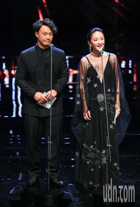 第55屆金馬獎頒獎典禮,頒獎人陳奕迅、周迅。