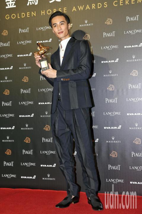 第55屆金馬獎頒獎典禮,李英宏以「峇里島」獲頒最佳原創電影歌曲。