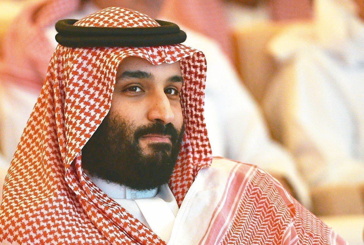 突尼西亞今天有數以百計的示威人士上街抗議沙烏地阿拉伯王儲穆罕默德.沙爾曼到訪,並...
