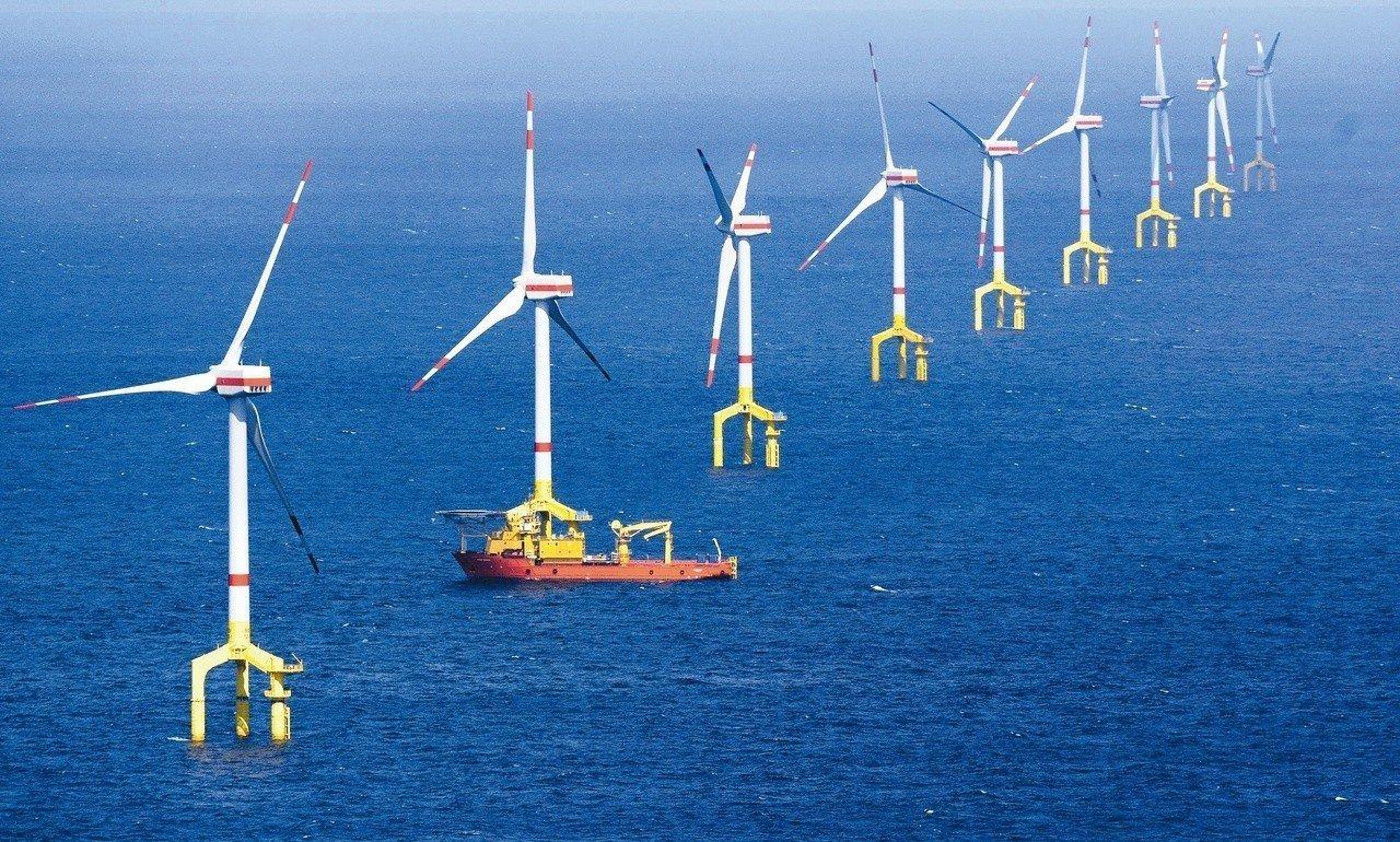 金管會已針對「離岸風電融資」做出多項放寬,但外商銀行認為還不夠。 圖/聯合報系資...