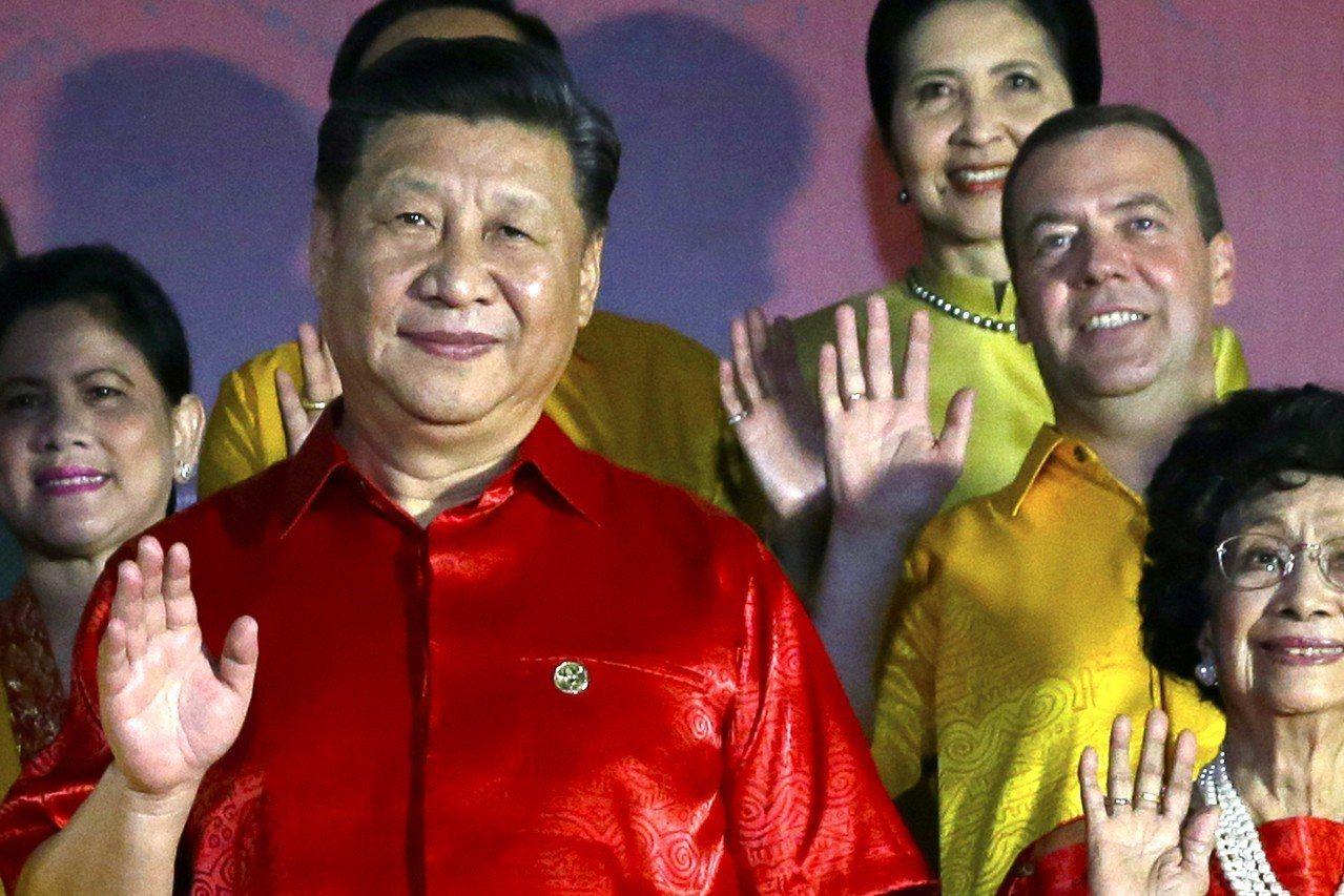 習近平率領的中國代表團已包下當地史坦利飯店(Stanley Hotel),飯店四...