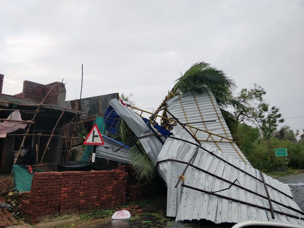 熱帶氣旋加亞(Gaja)16日席捲印度東岸,已造成33死。 路透社