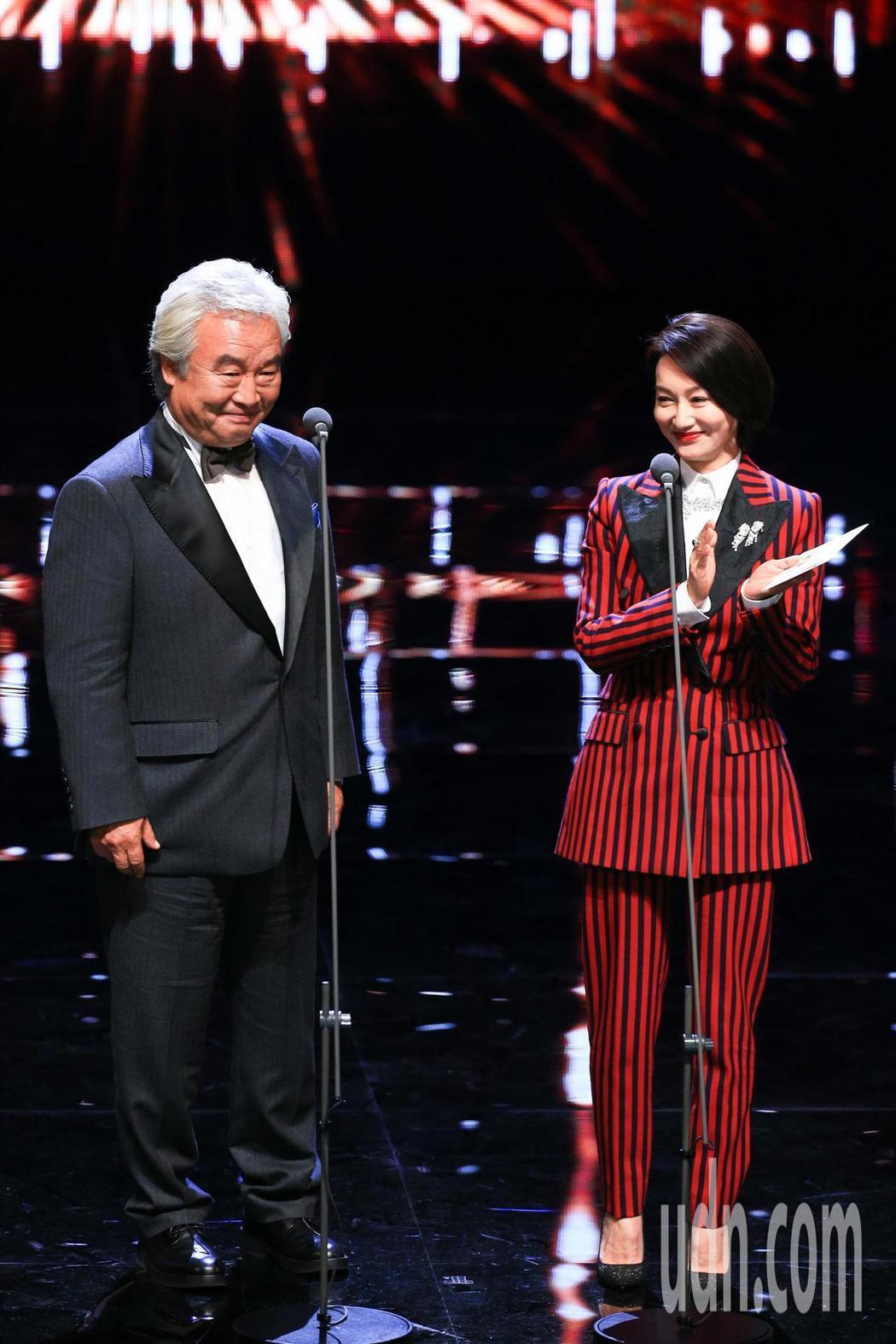 第55屆金馬獎頒獎典禮,頒獎人涂們(左)一句「中國台灣」惹議。記者林伯東/攝影