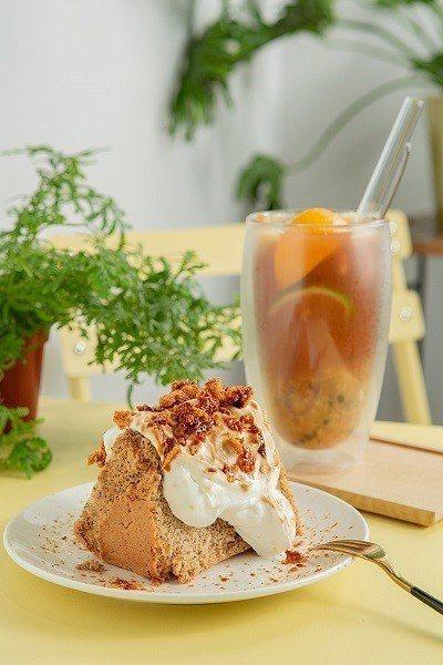 鬆軟戚風150~170元(前)/不定期提供不同風味的戚風蛋糕,此款以伯爵茶為基底...