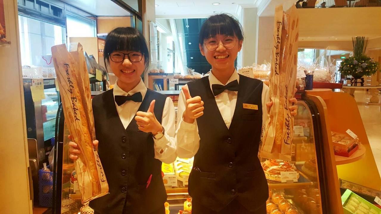 高雄市一家飯店業推出凍蒜麵包。記者謝梅芬/翻攝