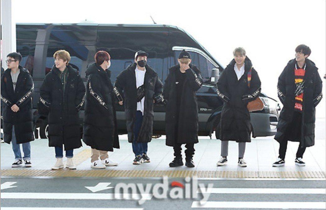 EXO集體出發來台。圖/摘自mydaily