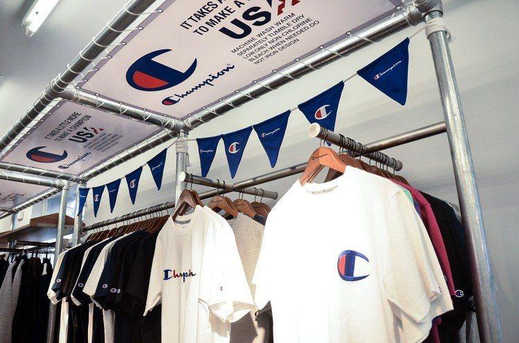 Champion西門旗艦店提供了包含日本、美國和歐洲系列服飾。圖/寶立提供
