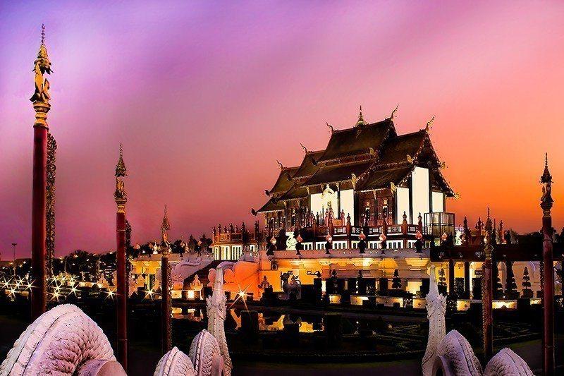 即日起前往泰國旅遊落地簽可上網申請,但須酌收服務費525元泰銖。圖/泰國觀光局提...
