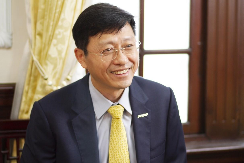 國立臺灣大學郭大維代理校長認為頂尖大學的目標是要培育人才。