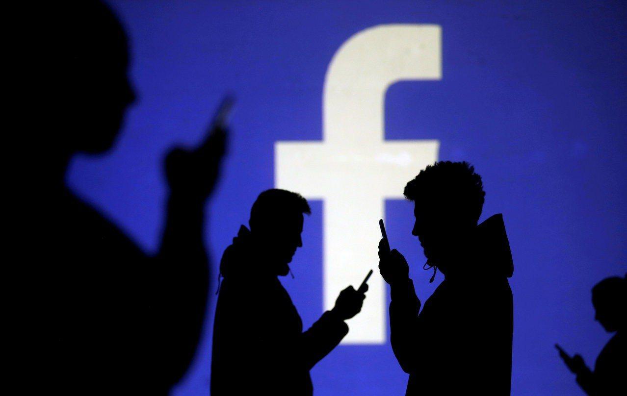 Facebook傳出全球大當機。 路透