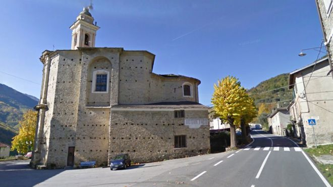 義大利Acquetico小鎮超速問題嚴重,測速照相機兩周就拍下5.8萬多輛車違規...