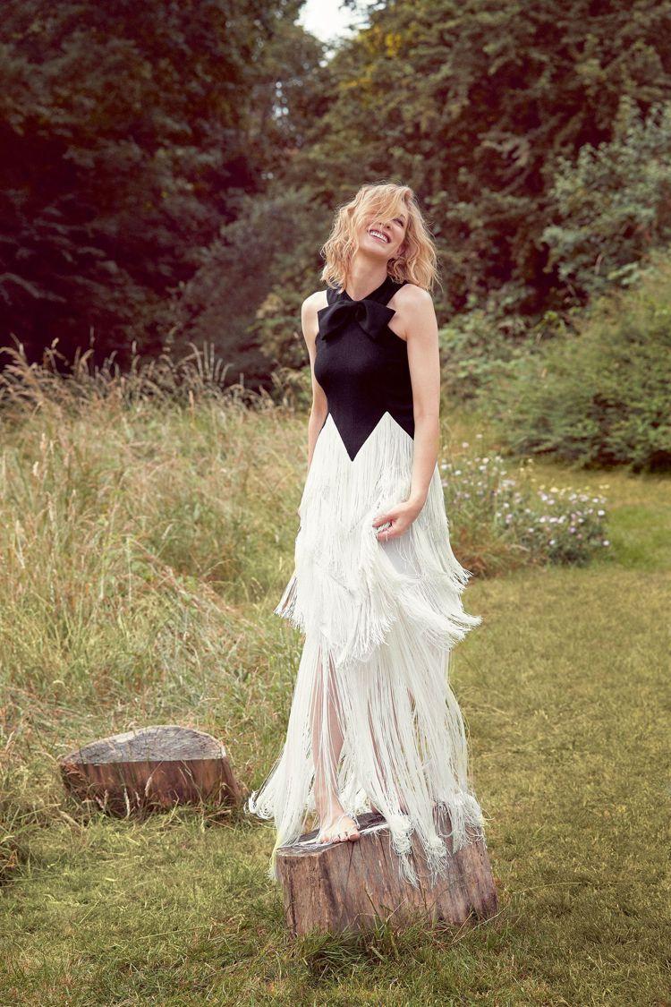 凱特布蘭琪穿GIVENCHY拍攝Harpers Bazaar雜誌。圖/取自har...
