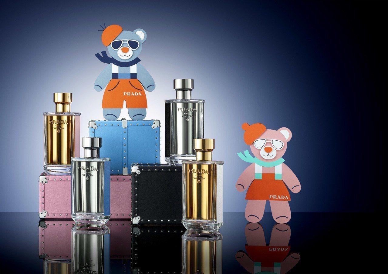 台北忠孝SOGO PRADA香氛旗艦店獨家推出多款耶誕香氛禮盒及耶誕熊皮革吊飾。...