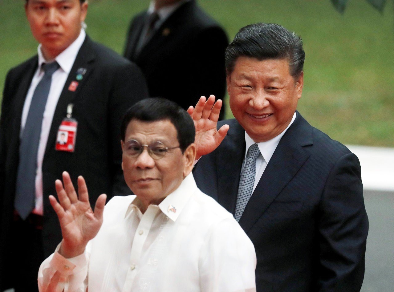 菲律賓總統杜特蒂擬以彼之道還治彼身!他揚言成立「行刑隊」,對付菲律賓共產黨游擊隊...