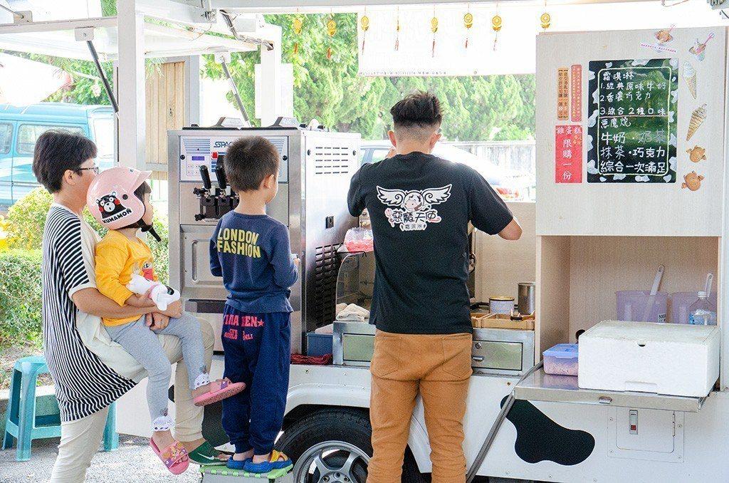 (圖/台灣旅行趣) ▲造型餐車很受小朋友所喜愛。
