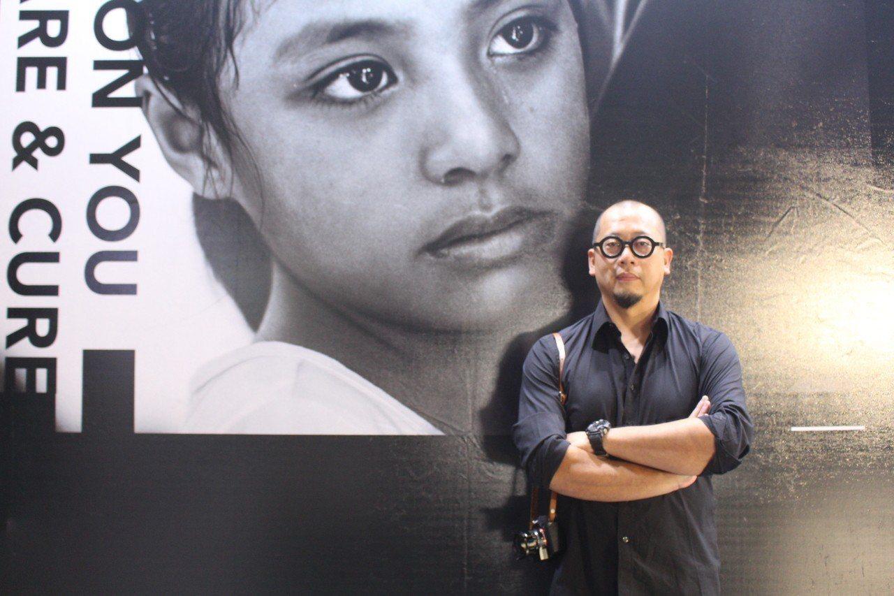 這次攝影展與國際獲獎攝影師郭政彰(圖)合作,為期一年左右攝影師與醫療團隊一同前往...