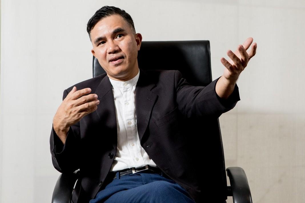 甫從國際事務處處長卸任的郭壽旺,現任管理學院國際企業英語學位學程主任。